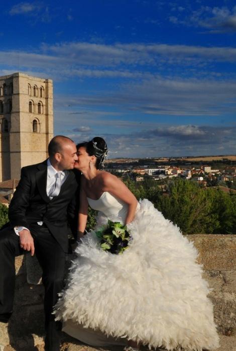 David y Marta, boda civil, jardines del Castillo, Zamora